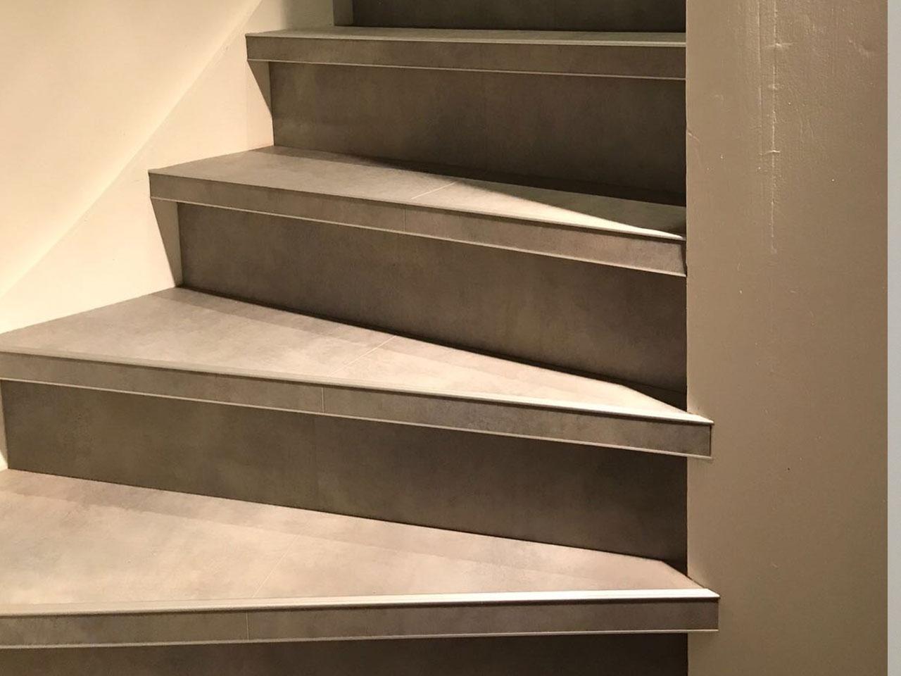 Trap renoveren betonlook