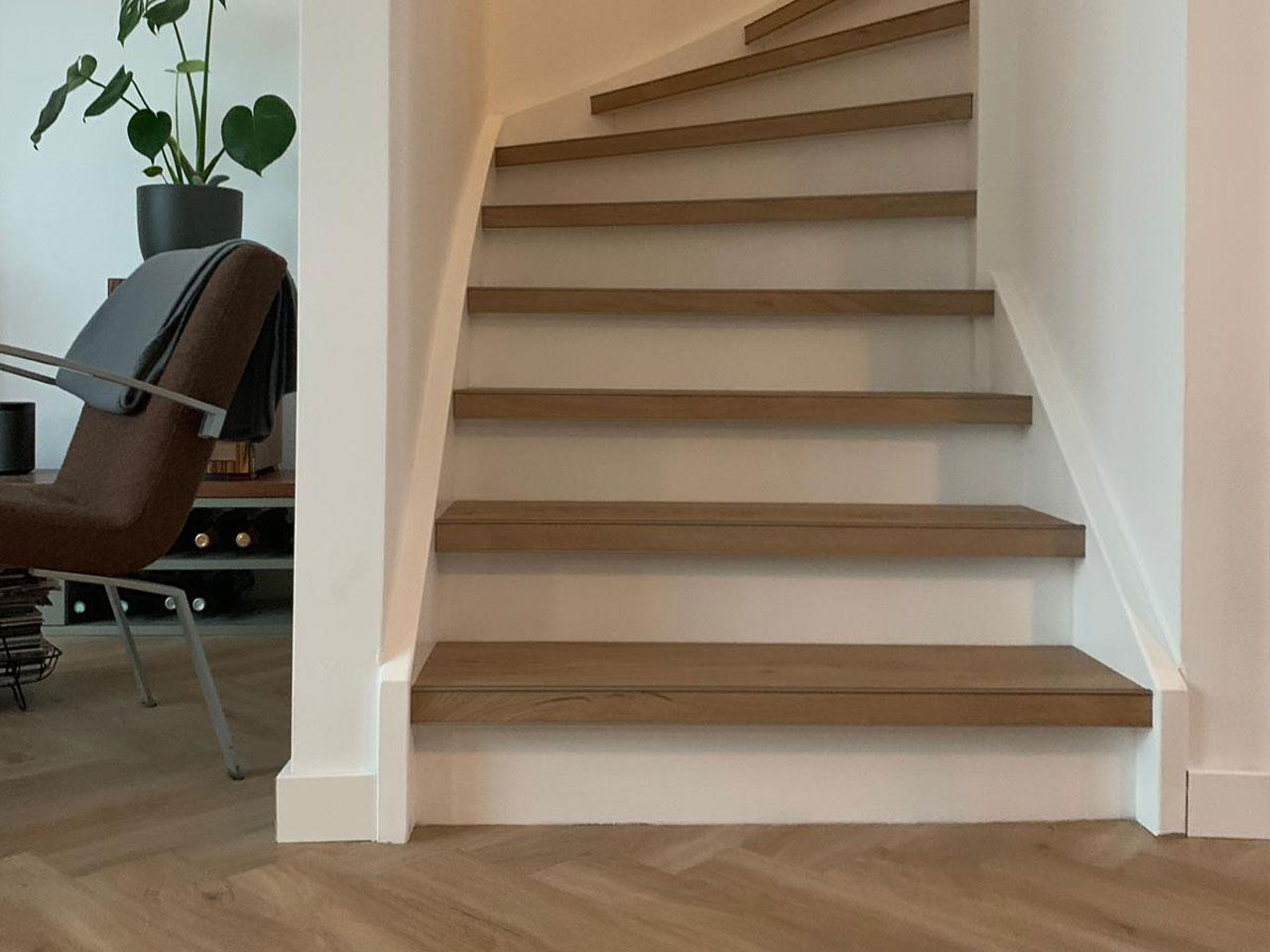 Renoveren trap met pvc