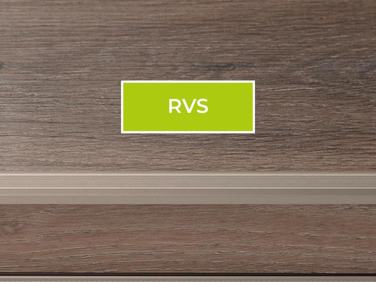 Trapneus profiel voor PVC traprenovatie kleur RVS